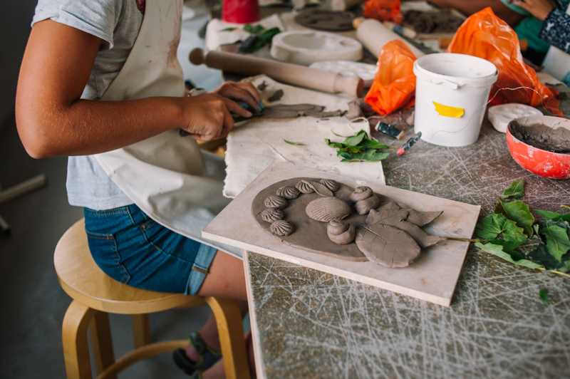 Clay workshop Malene Hartmann © Ioana Bîrdu